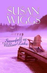 Snowfall At Willow Lake (Lakeshore Chronicles Series #4)